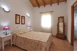 Chalet de 3 dormitorios y amplio jardin con vista al Faro de Trafalgar.