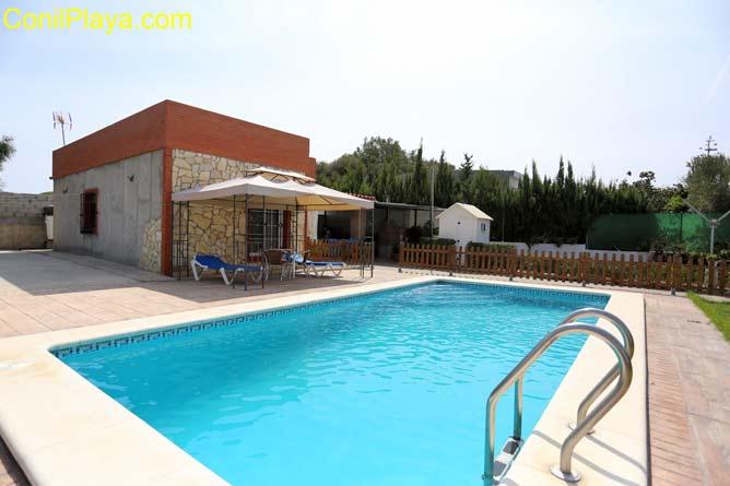 chalet en San Ambrosio con piscina