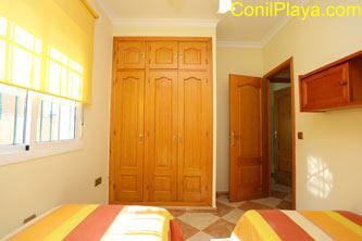 armario dormitorio 22 camas