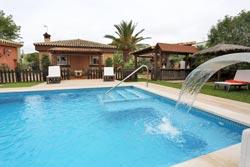 chalet con piscina a 10 minutos de Conil, Chiclana y de la playa.