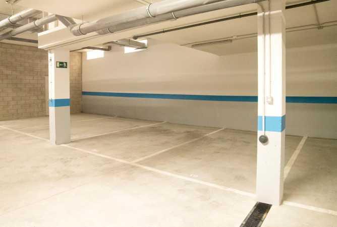 aparcamiento en garaje