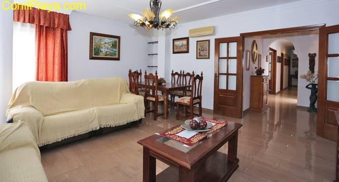 apartamento con patio interior y garaje