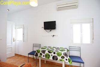 Salón - comedor con aire acondicionado