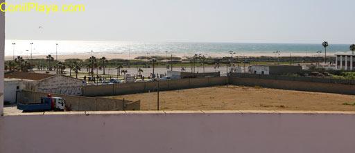 Vista desde la azotea de la playa de Los Bateles.