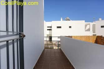 terraza del dormitorio de 2 camas