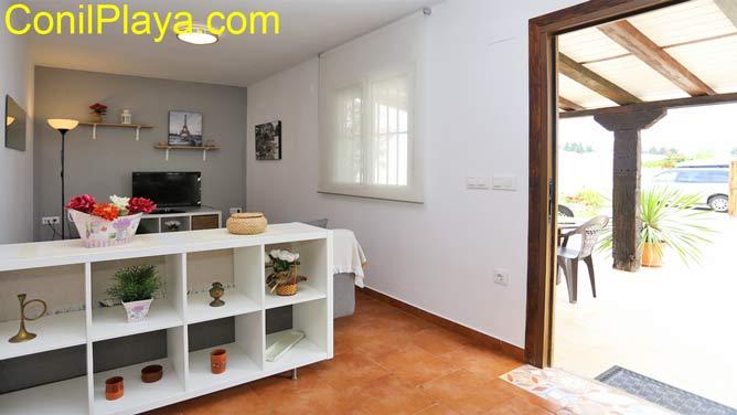 interior apartamento y porche