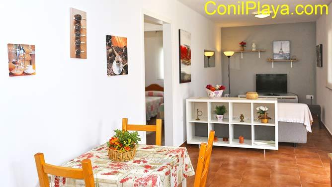 Comedor y salón del apartamento