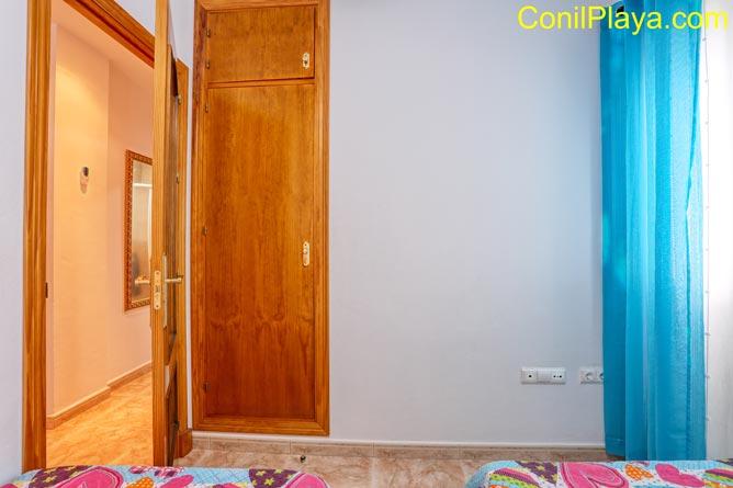 Armario del dormitorio 2 camas