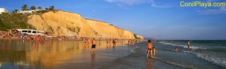 Playa de Conil, La Fuente del Gallo