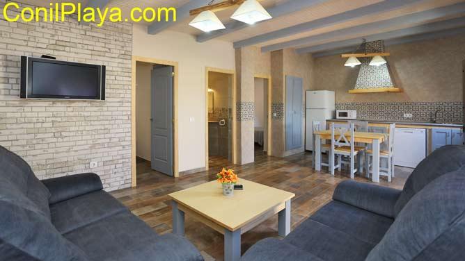 apartamento con salón - cocina - comedor