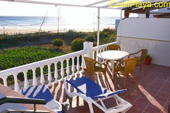 terraza del apartamento en la Fontanilla