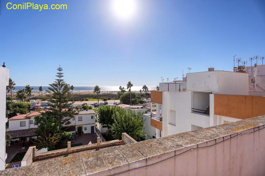 Vista de la playa desde la azotea.