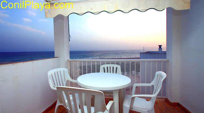 terraza y puesta de sol