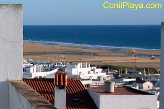 Vistas al mar desde la terraza de los apartamentos.