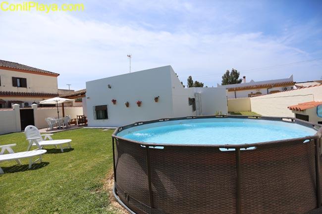 piscina y ducha