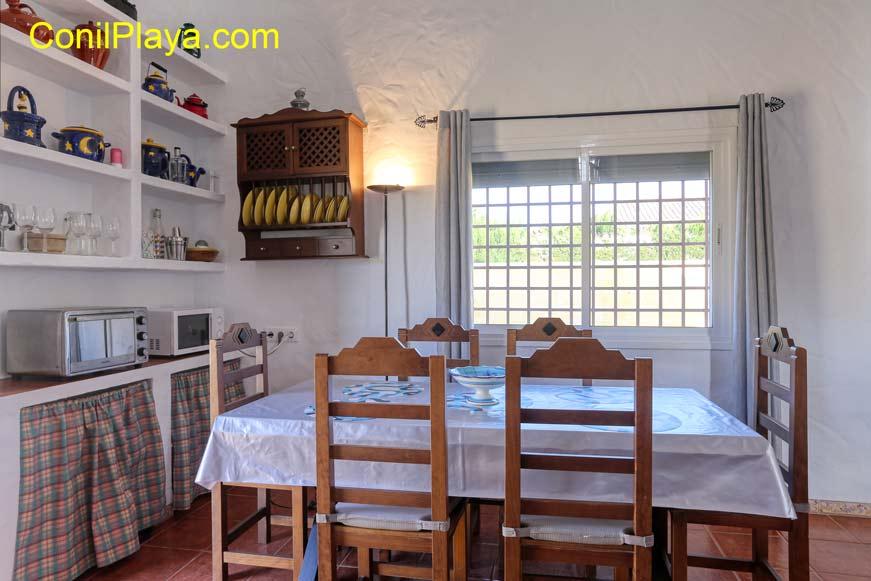 Mueble para los cacharros de la cocina