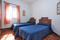 Casa rural de 2 dormitorios, para 4 personas.