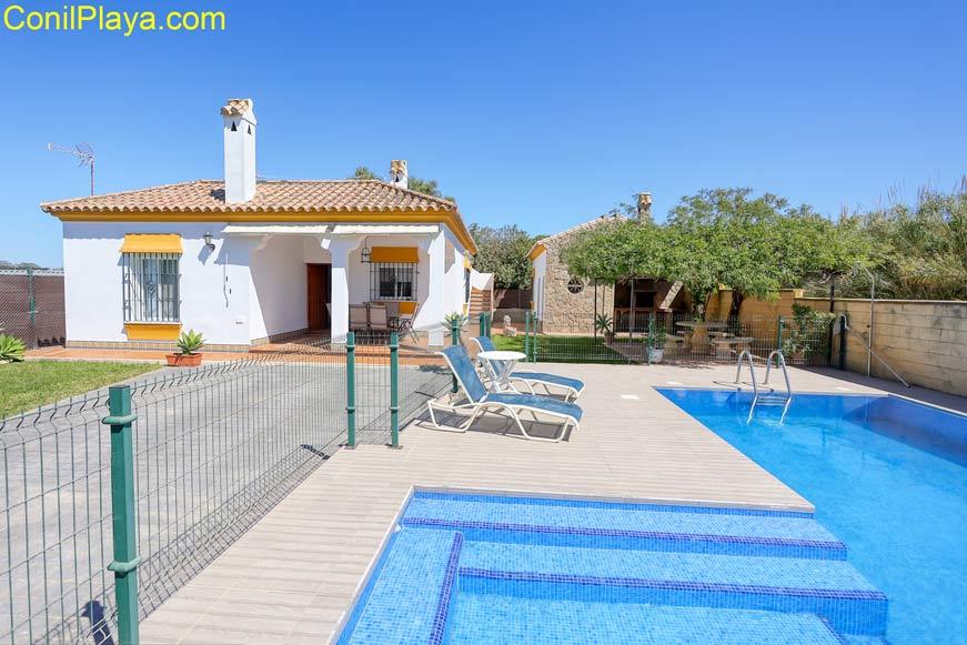 foto del chalet en La Fuente del Gallo en alquiler con piscina