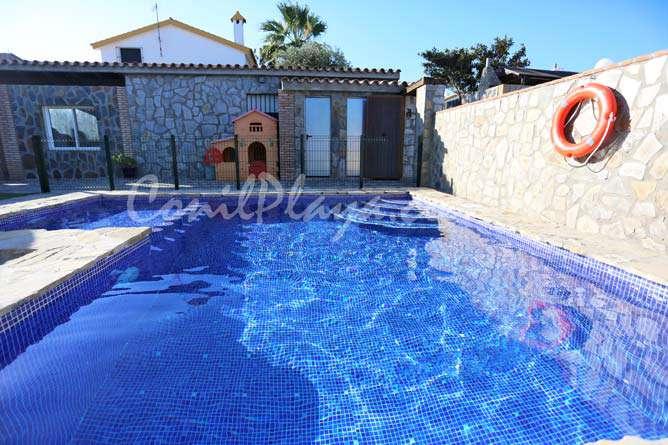 piscina en Conil