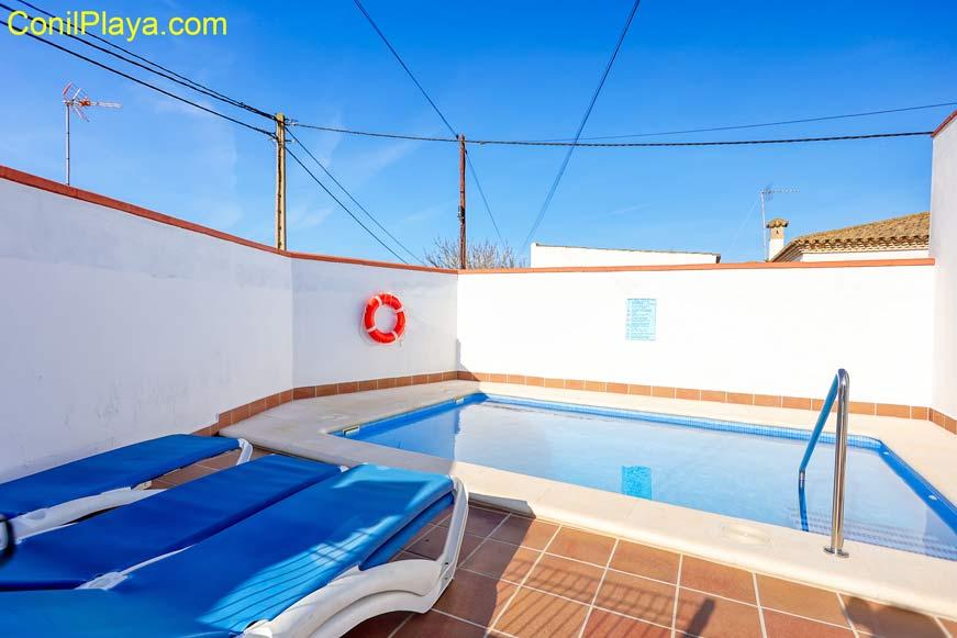 tumbonas piscina