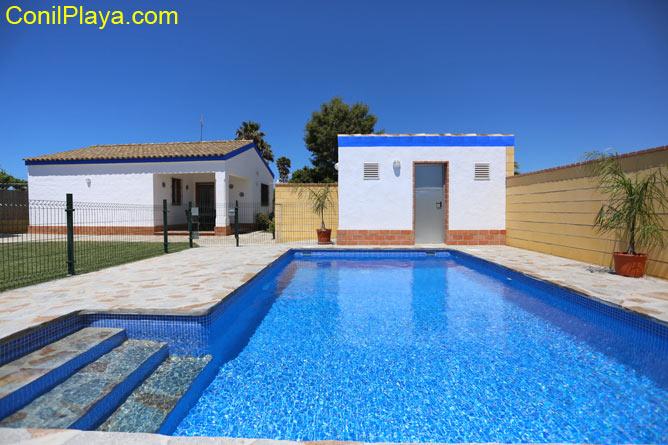 casa rural en conil con piscina privada