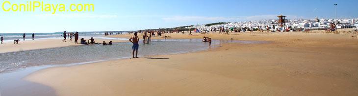 Ver playas de Conil. Los bateles