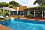 Chalet en Roche Residencial con piscina.