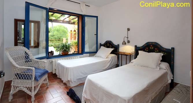 Dormitorio2 camas individuales.