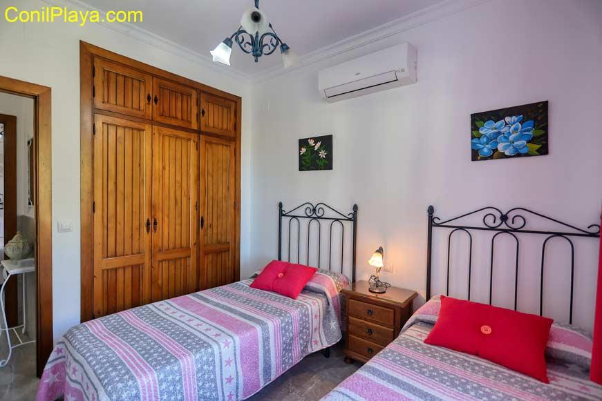 Armario empotrado del dormitorio de do2 camas