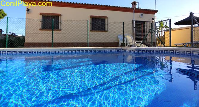 piscina privada.