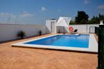 Ver fotos del chalet con piscina en Conil.