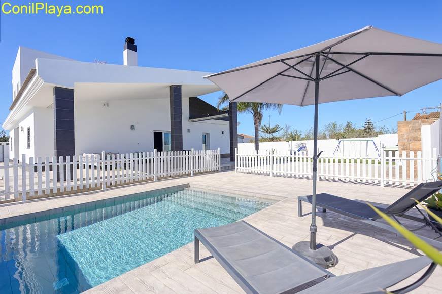 chalet en alquiler en Conil por particulares con piscina privada