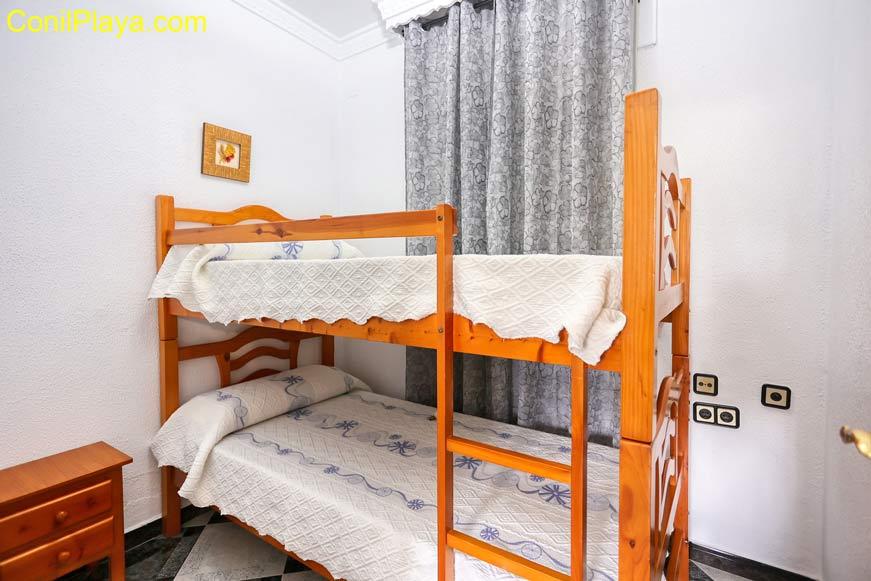 Dormitorio con litera.