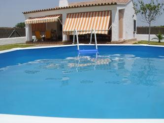 Chalet con piscina muy tanquilo cerca de Conil