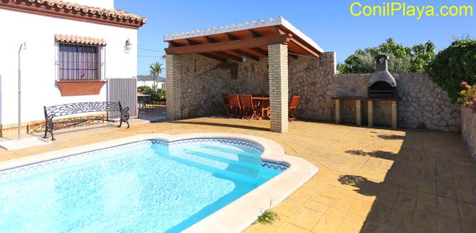 Casa en alquiler con piscina cerca de Conil