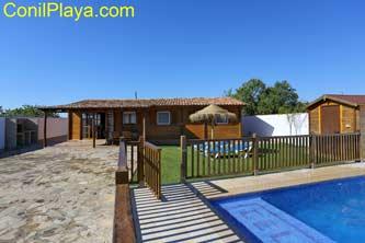 Casa con piscina, 3 dormitorios cerca de Conil.
