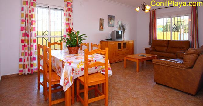 mesa comedor y salón