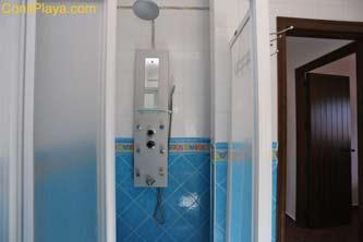 ducha con jacuzzi