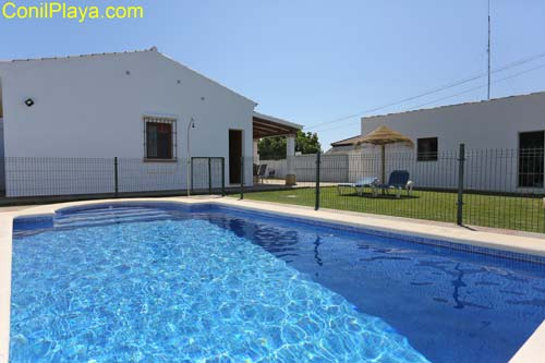 Casa rural con piscina en Conil