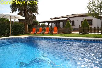 Chalet con piscina privada cerca de Conil
