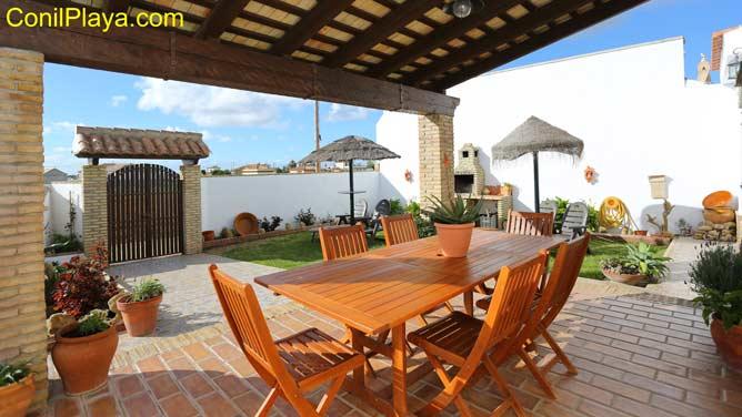 Alquiler chalet en Cadiz de vacaciones Conil con piscina ...