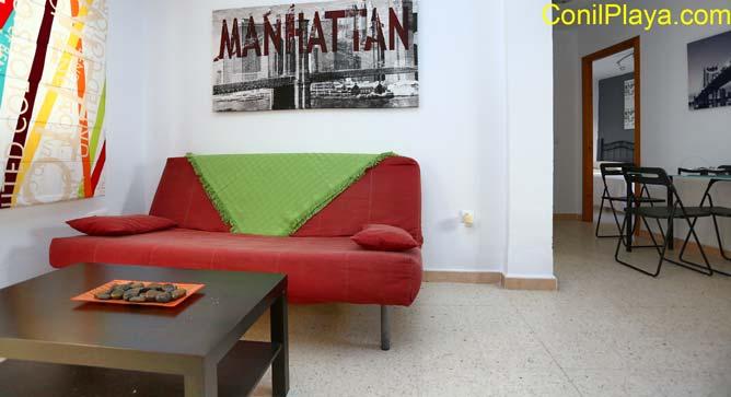 sofá - cama del apartamento