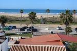 1 dormitorios,2 personas. Varios estudios situados a 100 mts de la playa con vistas al mar, en el Carril de la Fuente. Ideal parejas y para fines de semana o vacaciones de verano.  Constan de cuarto de baño, salón - cocina - comedor y dormitorio. Parking privado opcional.