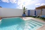 1 dormitorios,4 personas. bonito apartamento en Conil con piscina privada de estilo ibicenco. Barbacoa, porche, aire acondicionado