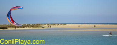 Kyte en la playa de los Bateles