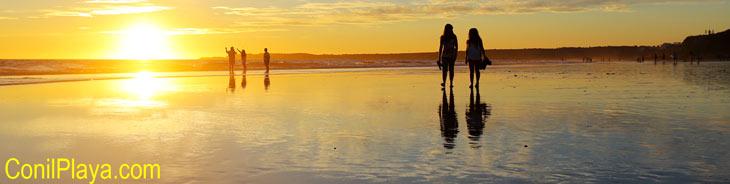 Atardecer en la playa de la Fontanilla primeros de Agosto de 2014.