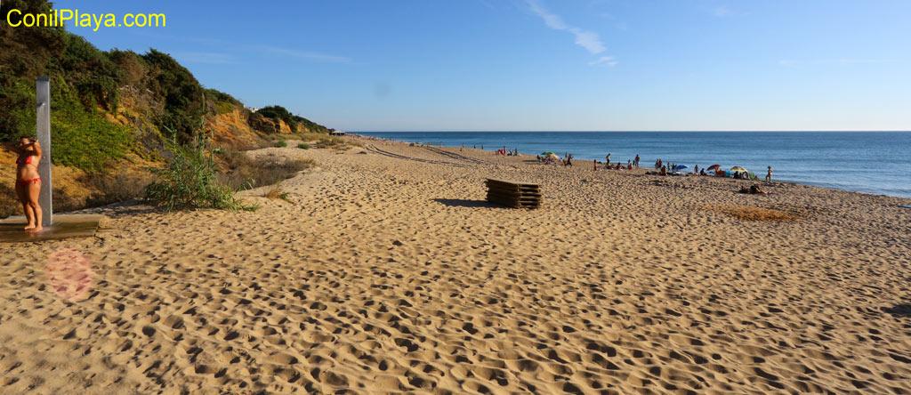 Playa de Urbanización Roche desde la zona norte de la urbanización