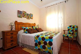 Dormitorio principal con colchon de látex.