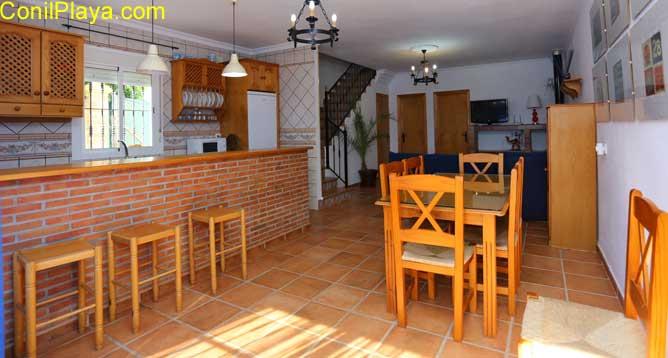 salón cocina y comedor