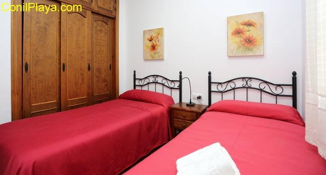 armario empotrado del dormitorio de 2 camas